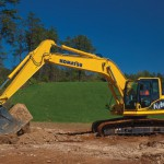 excavator-outdoor-shot-hb215lc_10763320